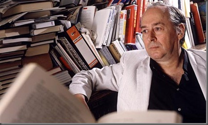 J.G.-Ballard-at-home-in-1-002